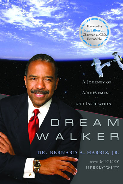 Former Astronaut Bernard Harris Visits Uh For Book Signing Lecture University Of