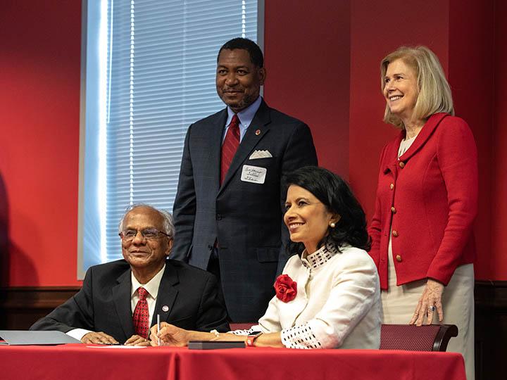 Tamil Studies agreement signing