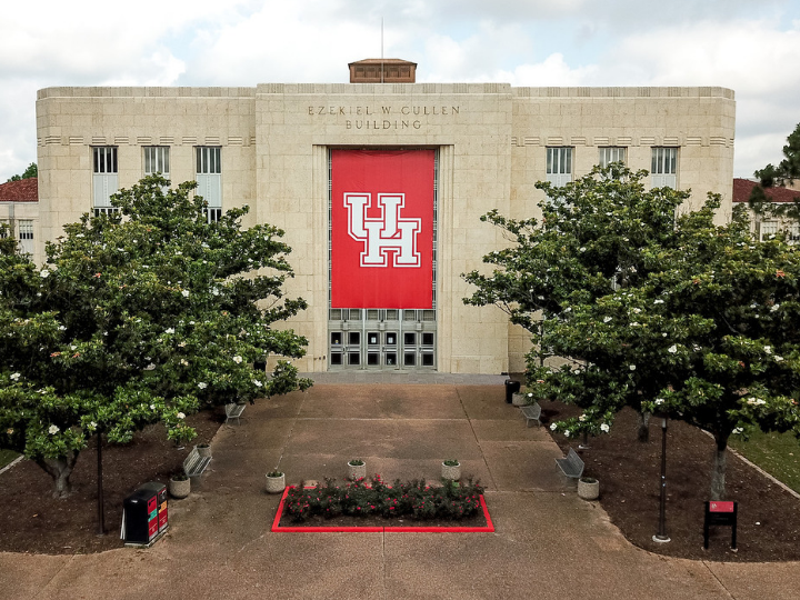 Diverse Programs Campus Make Uh Among Best Colleges In