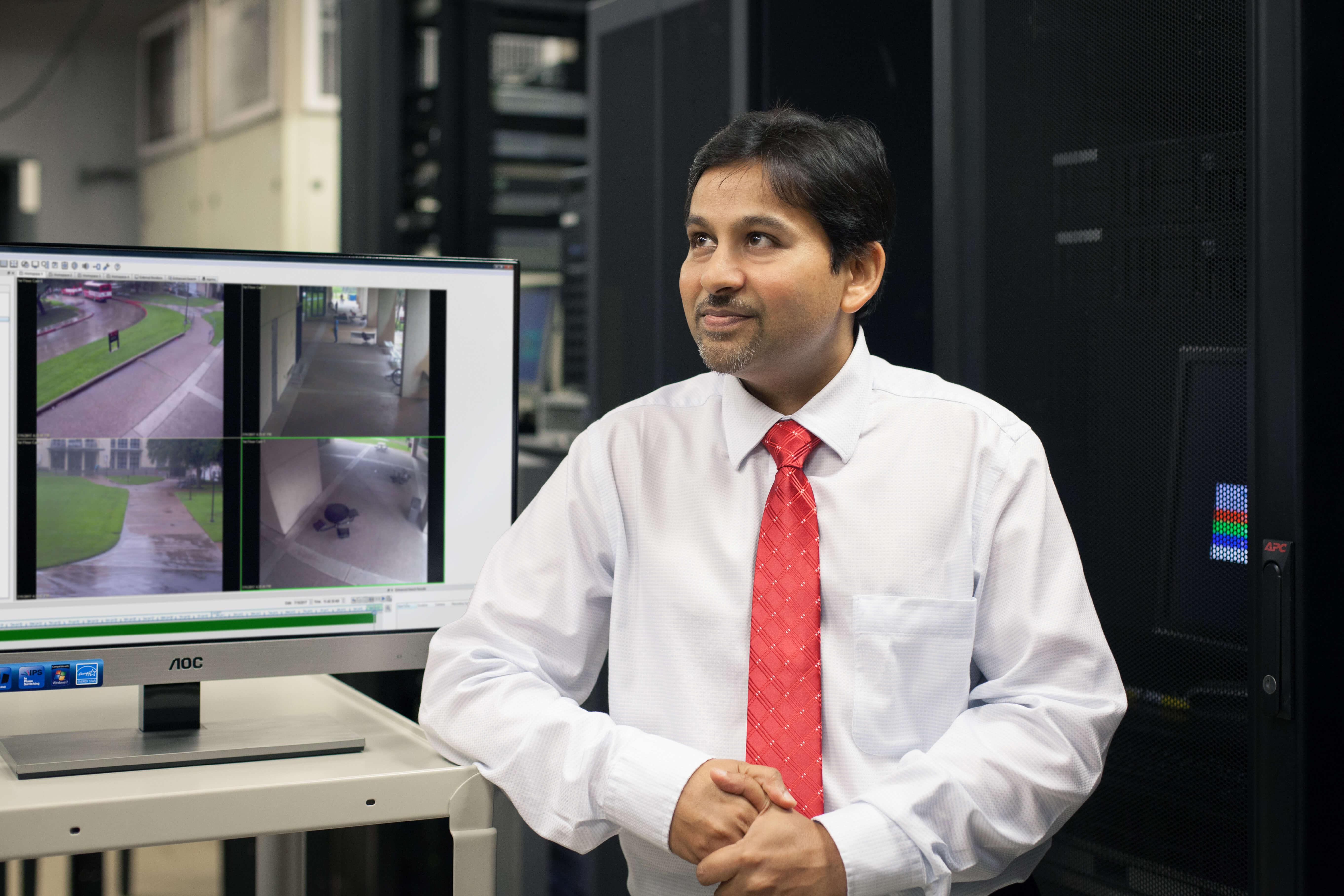 UH Professor Shishir Shah.